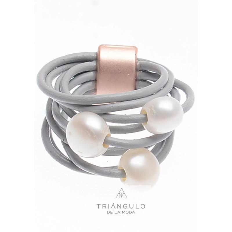 Tienda online del Triangulo de la Moda Anillo cuero perlas cultivadas