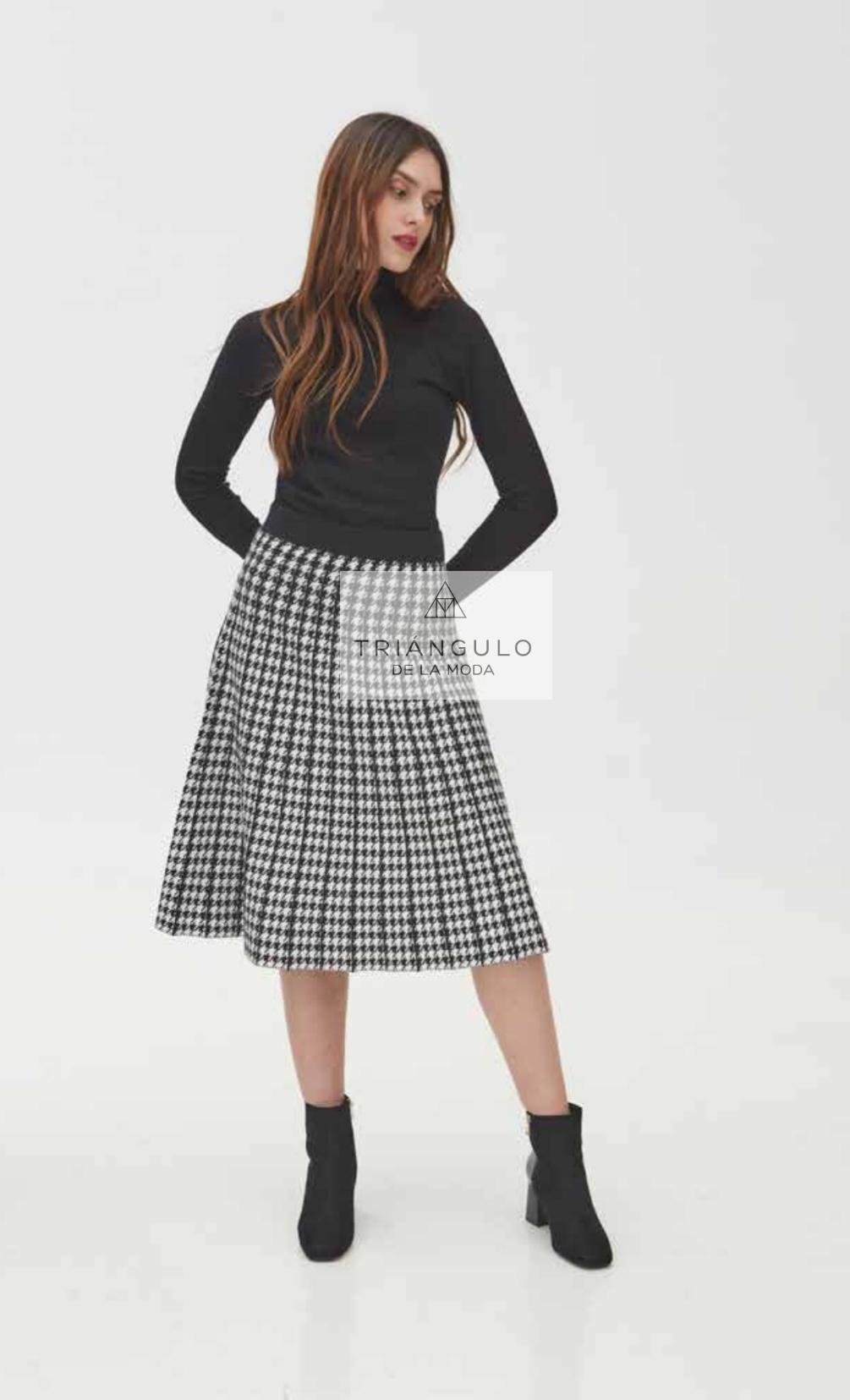 Tienda online del Triangulo de la Moda PUNTO CUELLO CISNE