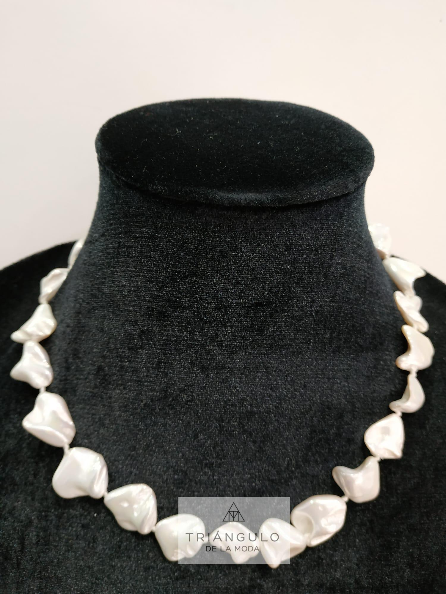 Tienda online del Triangulo de la Moda Collar perlas