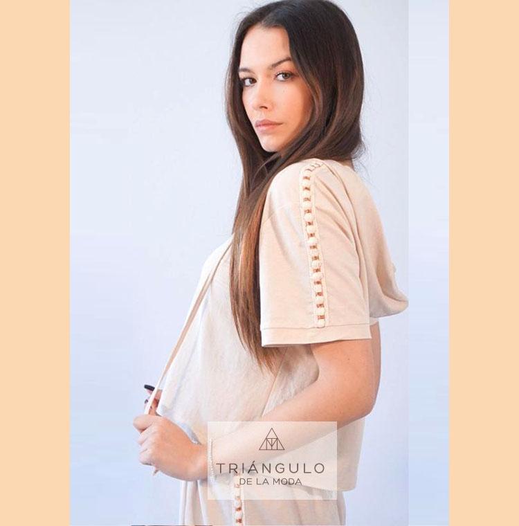 Tienda online del Triangulo de la Moda Camiseta NUDO capucha