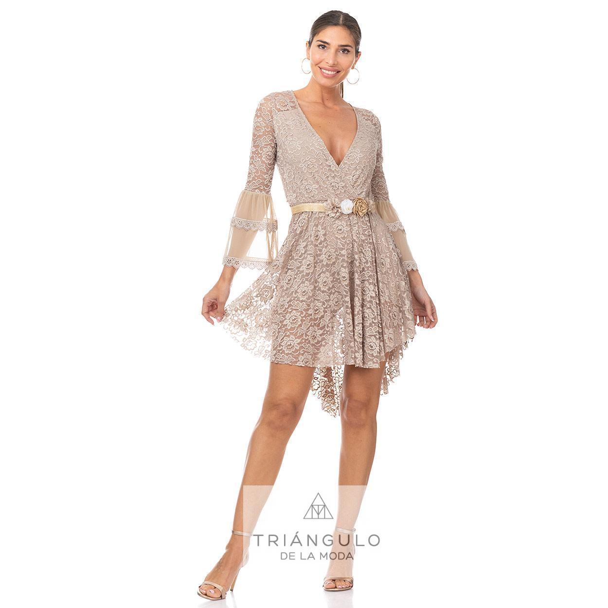 Tienda online del Triangulo de la Moda MONO CORTO LISO ROMANTICO