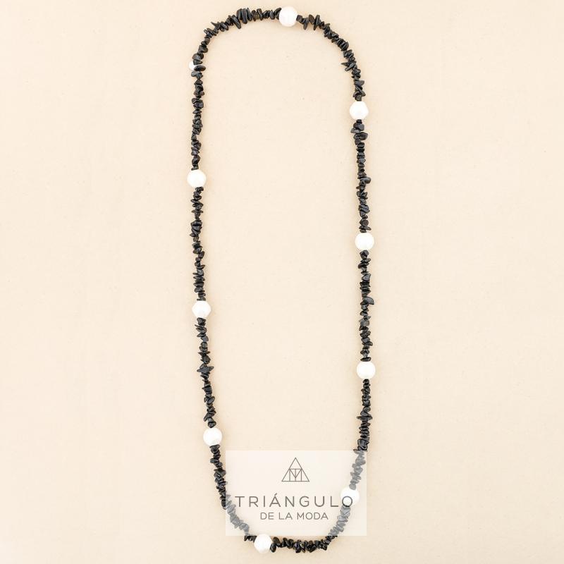 Tienda online del Triangulo de la Moda Collar largo piedrecitas bolas acabado metalico