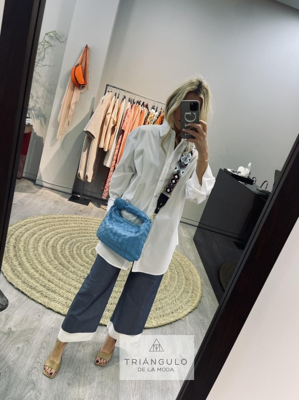 Tienda online del Triangulo de la Moda Camisa blanca ancha
